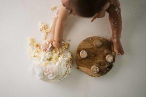Servizio fotografico bambino con torta Milano - Fotografie per sempre