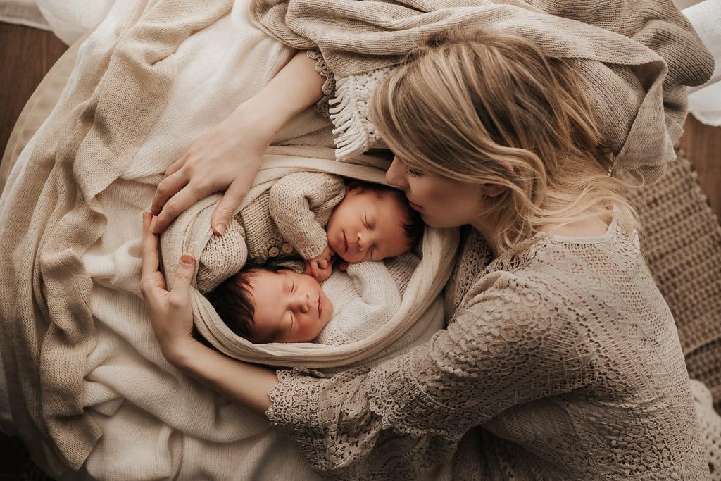 post produzione newborn semplice
